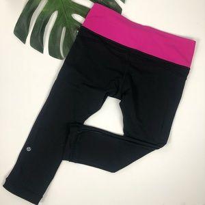 Lululemon | Black Crops Pink Waistband